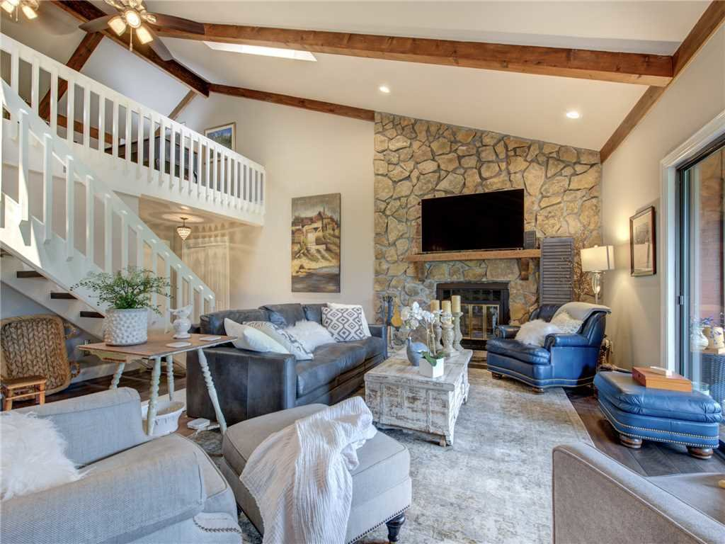Photo of a Gatlinburg Condo named Pinnacle Penthouse - This is the fourth photo in the set.