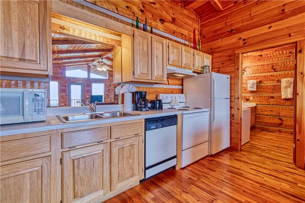Photo of a Gatlinburg Cabin named Sweet Heart - This is the eleventh photo in the set.