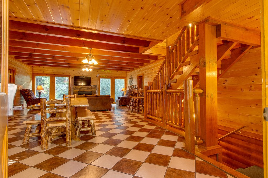 Photo of a Sevierville Cabin named Mountain Cinema Lodge - This is the ninth photo in the set.
