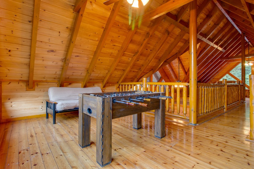 Photo of a Sevierville Cabin named Mountain Cinema Lodge - This is the eighteenth photo in the set.