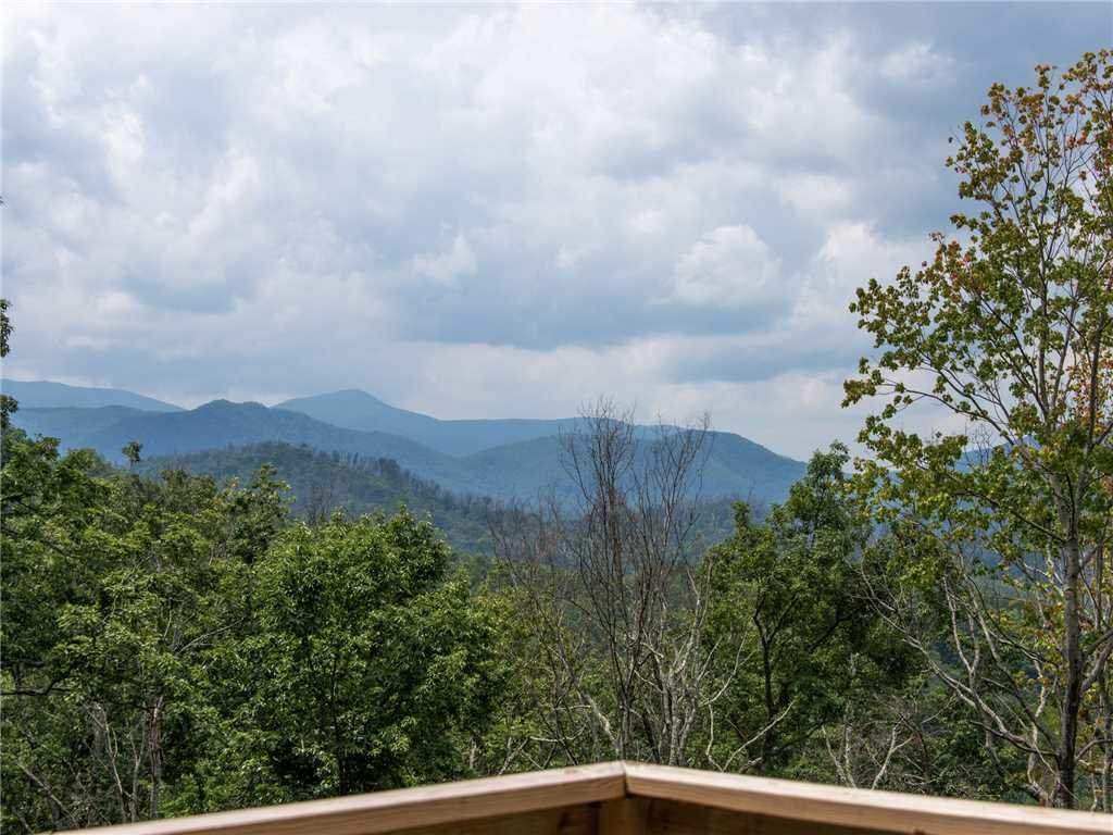 Photo of a Gatlinburg Cabin named Walnut Ridge - This is the twenty-second photo in the set.