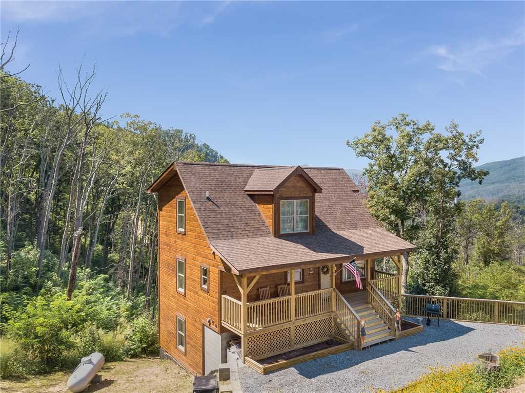 Photo of a Gatlinburg Cabin named Walnut Ridge - This is the twenty-fourth photo in the set.