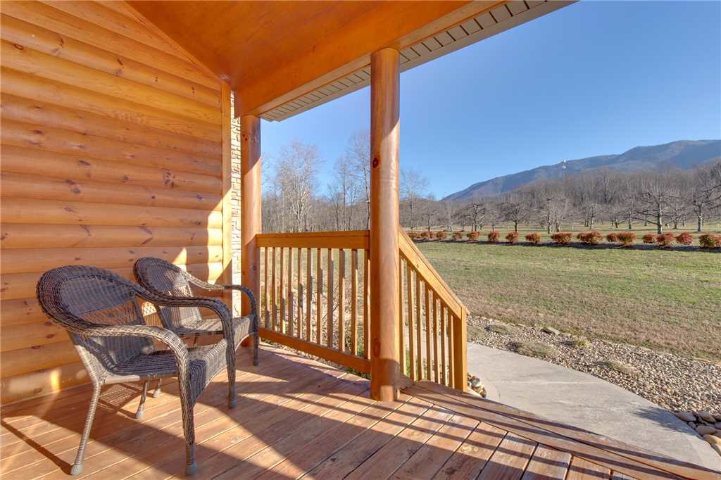 Photo of a Gatlinburg Cabin named Orchard Hideaway - This is the twenty-first photo in the set.