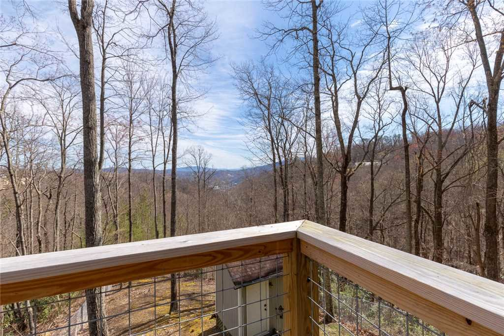 Photo of a Gatlinburg Cabin named Bear View Chalet - This is the twenty-second photo in the set.