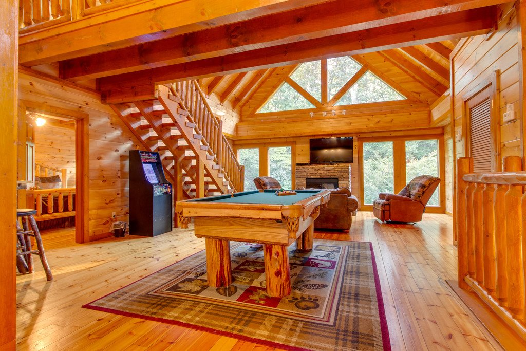 Photo of a Sevierville Cabin named Mountain Cinema Lodge - This is the sixteenth photo in the set.