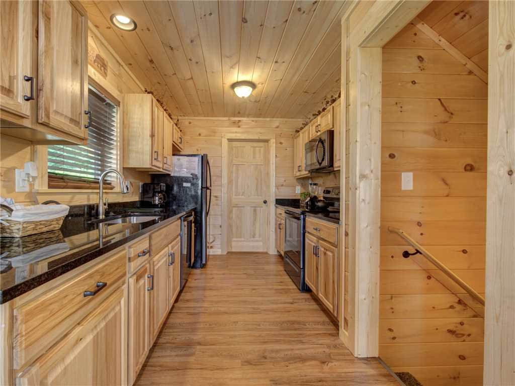 Photo of a Gatlinburg Cabin named Walnut Ridge - This is the sixth photo in the set.
