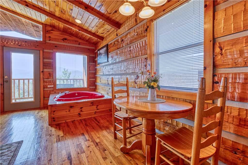 Photo of a Gatlinburg Cabin named Sweet Heart - This is the eighth photo in the set.