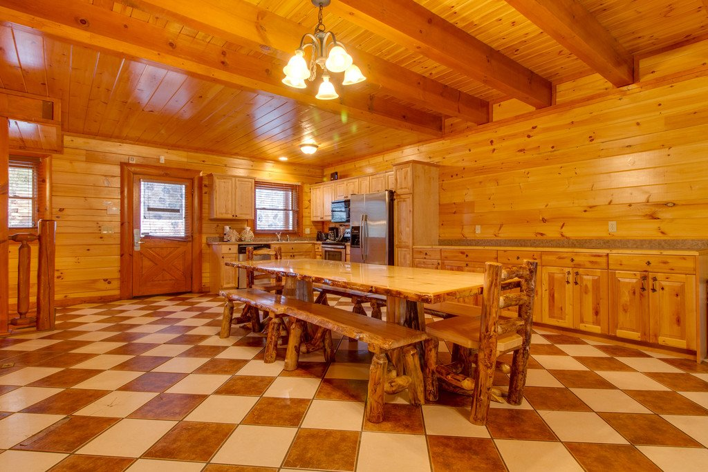 Photo of a Sevierville Cabin named Mountain Cinema Lodge - This is the sixth photo in the set.