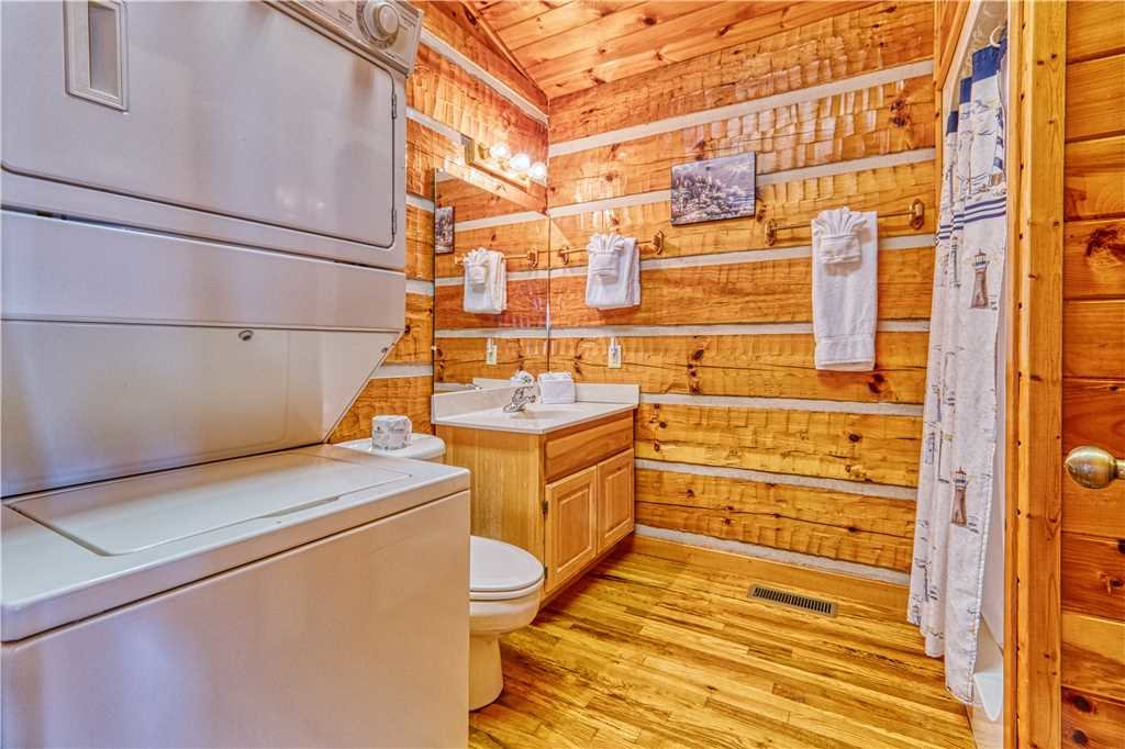 Photo of a Gatlinburg Cabin named Love Me Tender - This is the twelfth photo in the set.