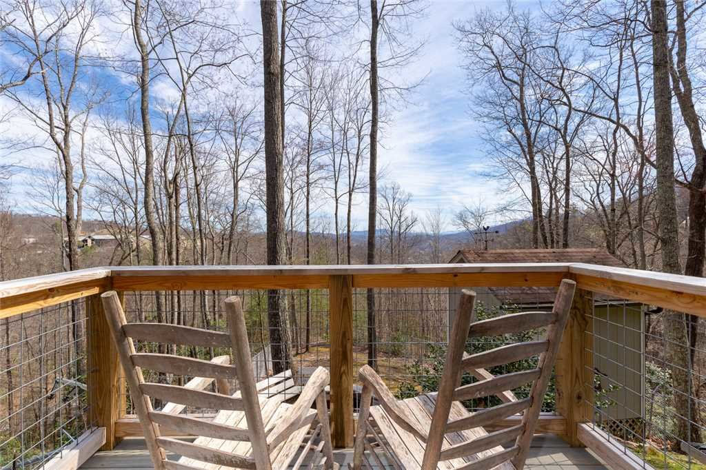 Photo of a Gatlinburg Cabin named Bear View Chalet - This is the twenty-seventh photo in the set.