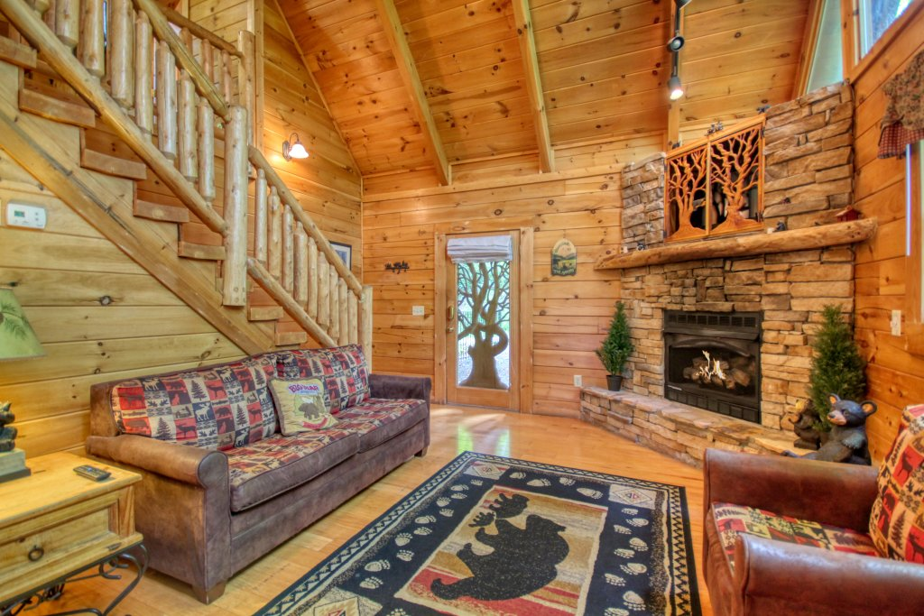 Photo of a Gatlinburg Cabin named American Treehouse #1708 - This is the fourth photo in the set.