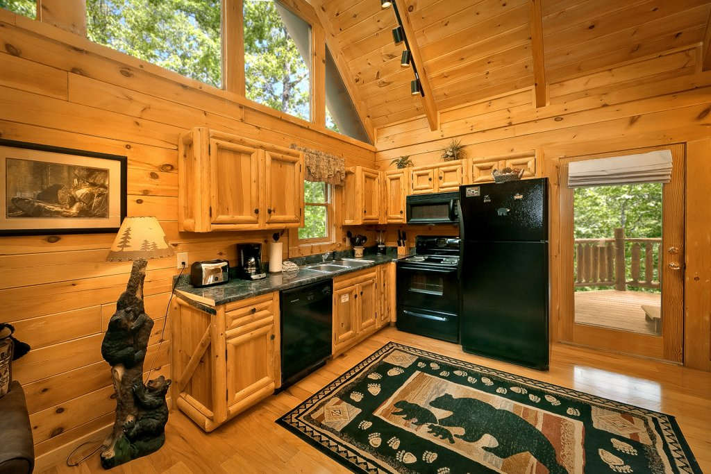 Photo of a Gatlinburg Cabin named American Treehouse #1708 - This is the thirtieth photo in the set.
