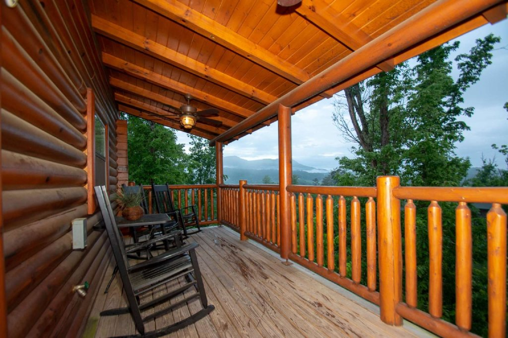 Photo of a Sevierville Cabin named Hideaway Haven - This is the first photo in the set.