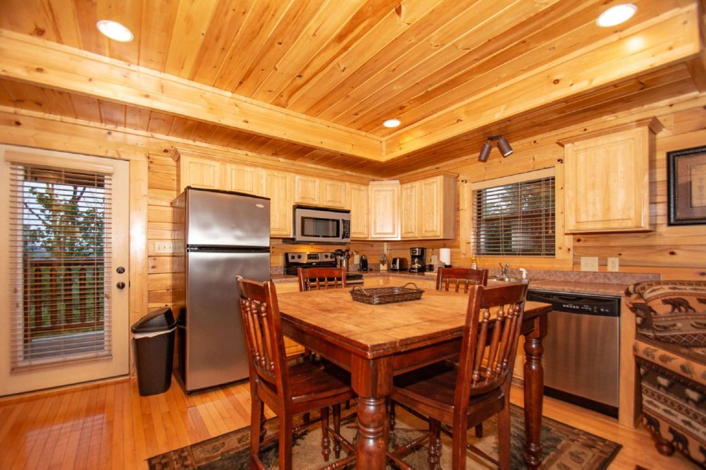Photo of a Sevierville Cabin named Hideaway Haven - This is the fifth photo in the set.