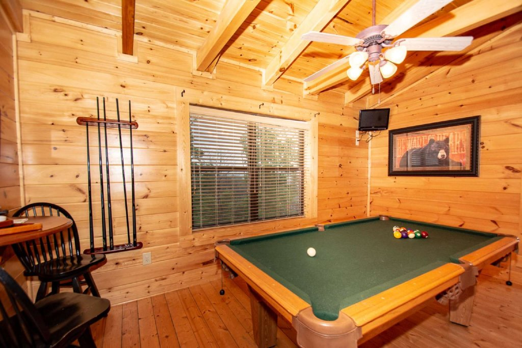 Photo of a Sevierville Cabin named Hideaway Haven - This is the twentieth photo in the set.