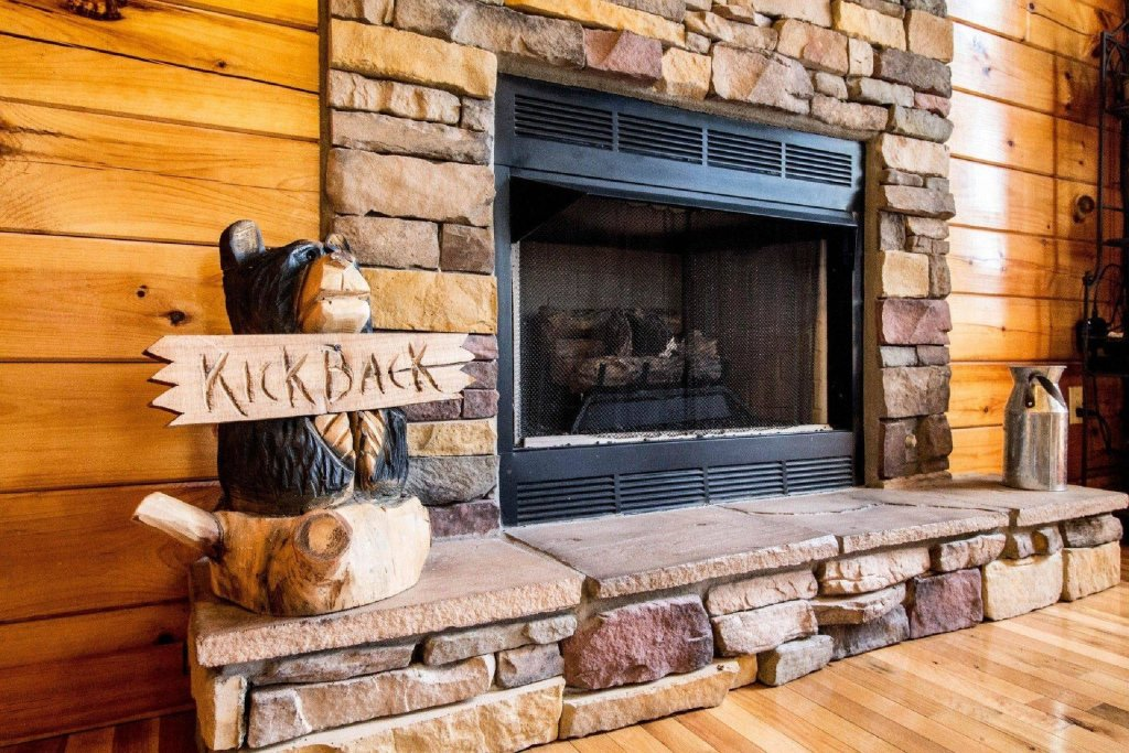 Photo of a Pigeon Forge Cabin named Kick Back Shack - This is the sixth photo in the set.