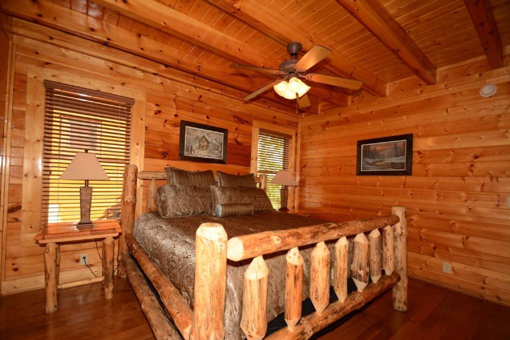 Photo of a Pigeon Forge Cabin named Star Struck - This is the twenty-first photo in the set.