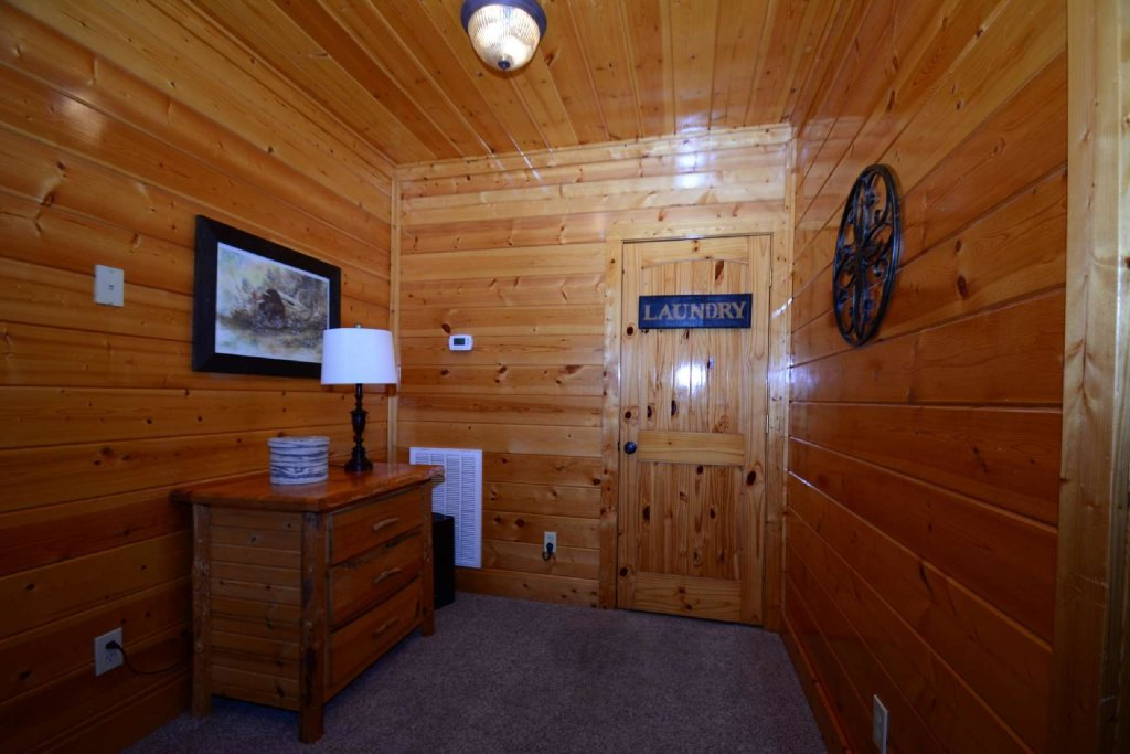 Photo of a Pigeon Forge Cabin named Star Struck - This is the twenty-fourth photo in the set.