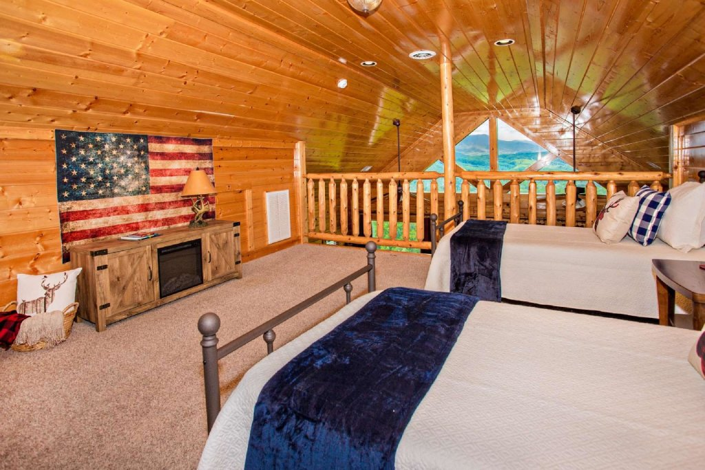 Photo of a Pigeon Forge Cabin named Best Of View - This is the fourteenth photo in the set.