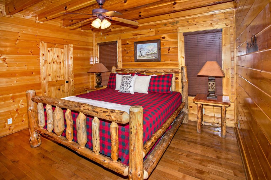 Photo of a Pigeon Forge Cabin named Best Of View - This is the tenth photo in the set.