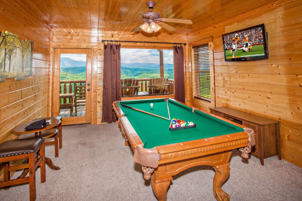 Photo of a Pigeon Forge Cabin named Best Of View - This is the sixteenth photo in the set.