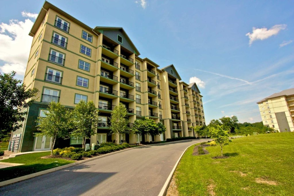 Photo of a Pigeon Forge Cabin named Mountain View Condo #3604 - This is the twenty-second photo in the set.
