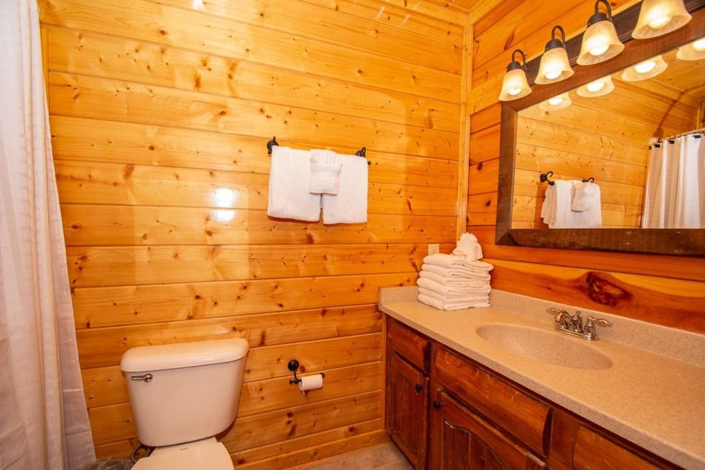 Photo of a Sevierville Cabin named Mountains Blessing - This is the fifteenth photo in the set.