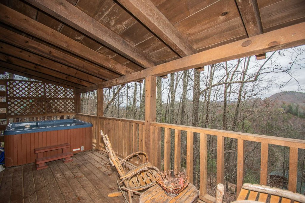 Photo of a Sevierville Cabin named Bear Mountain Cabin - This is the eighth photo in the set.