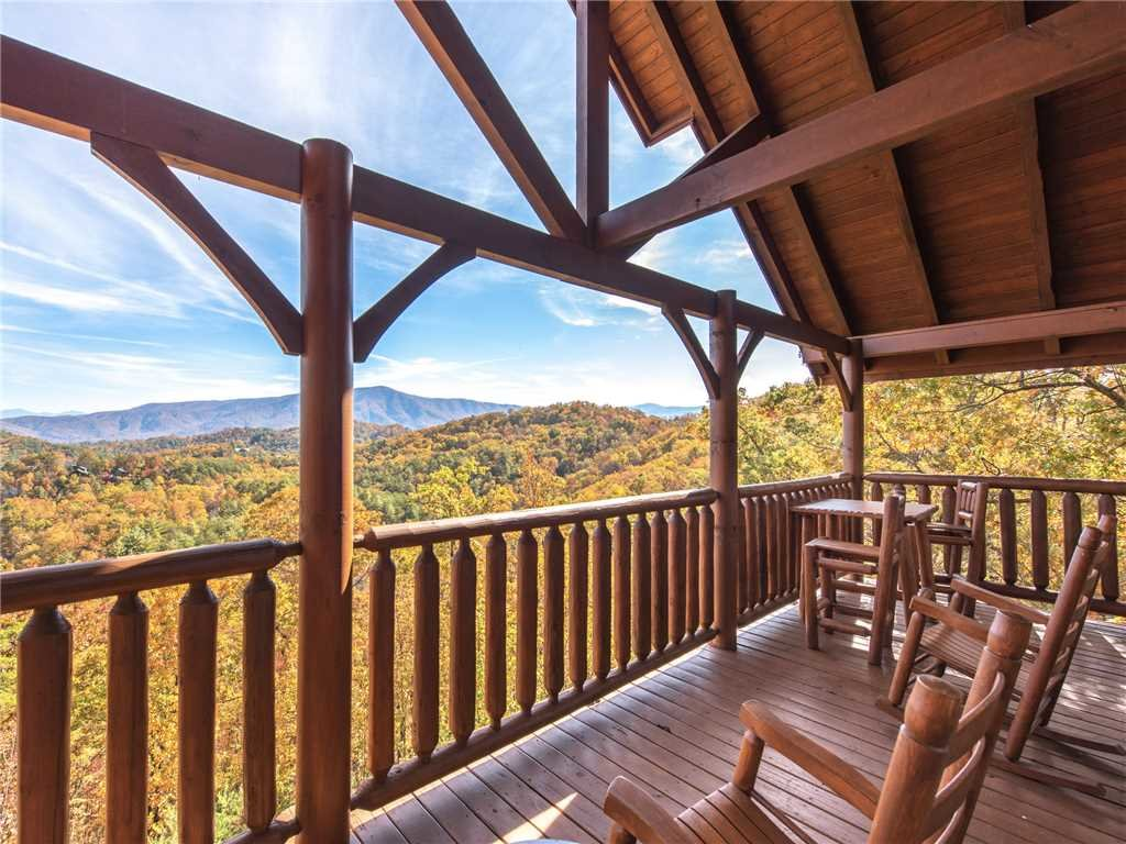 Photo of a Sevierville Cabin named Bella Yani - This is the first photo in the set.