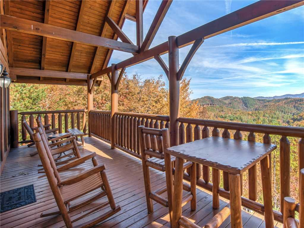 Photo of a Sevierville Cabin named Bella Yani - This is the third photo in the set.