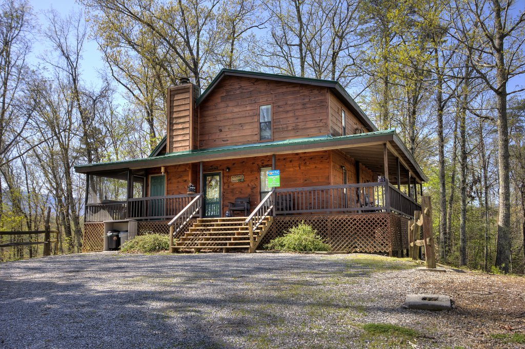 Photo of a Pigeon Forge Cabin named Kickback Shack #298 - This is the fourth photo in the set.