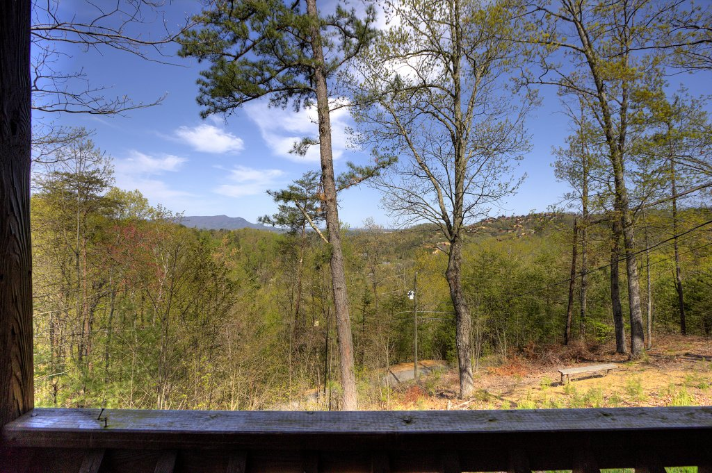 Photo of a Pigeon Forge Cabin named Kickback Shack #298 - This is the ninth photo in the set.