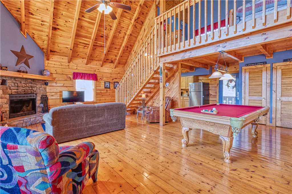 Photo of a Gatlinburg Cabin named Mountain Glory 2 - This is the tenth photo in the set.