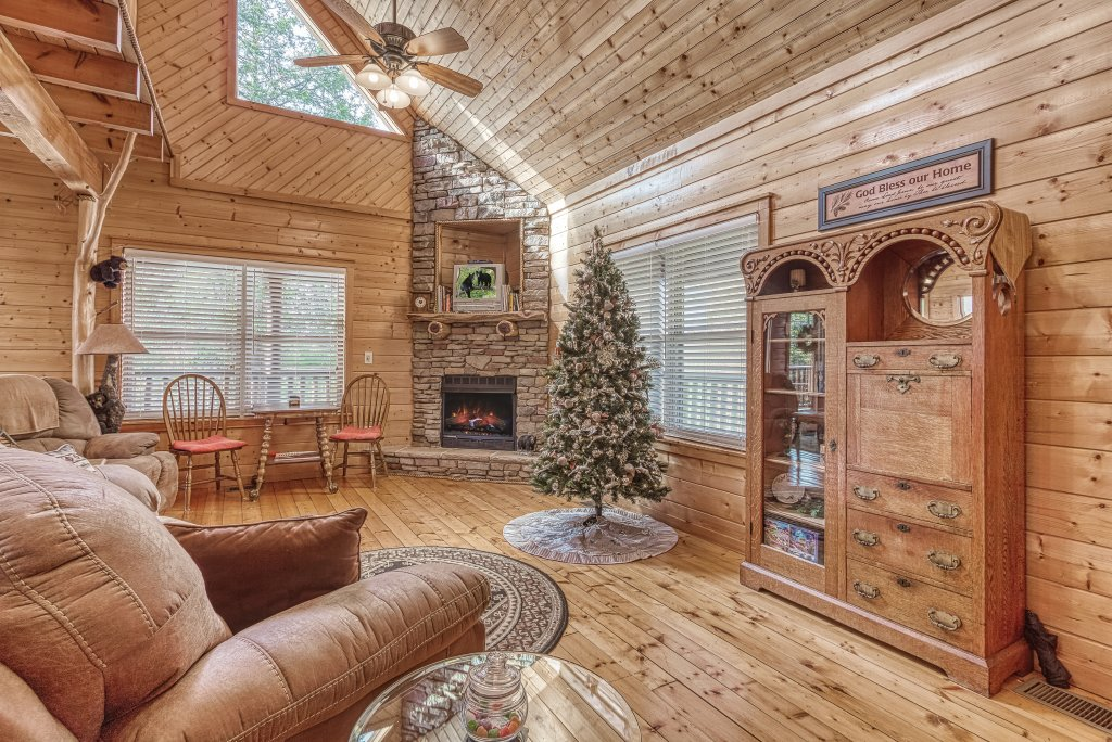 Photo of a Sevierville Cabin named Sugar Bear #268 - This is the eleventh photo in the set.