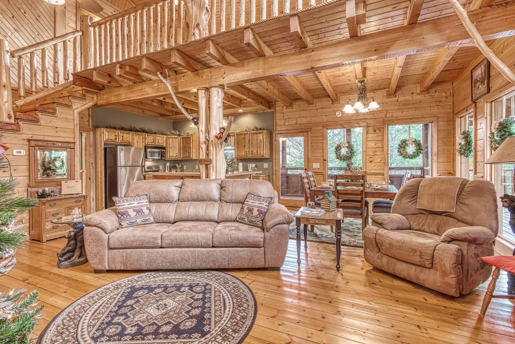 Photo of a Sevierville Cabin named Sugar Bear #268 - This is the thirteenth photo in the set.