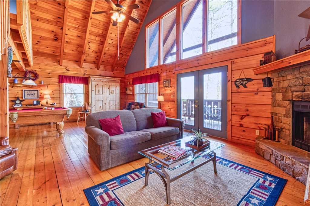 Photo of a Gatlinburg Cabin named Mountain Glory 2 - This is the fourth photo in the set.