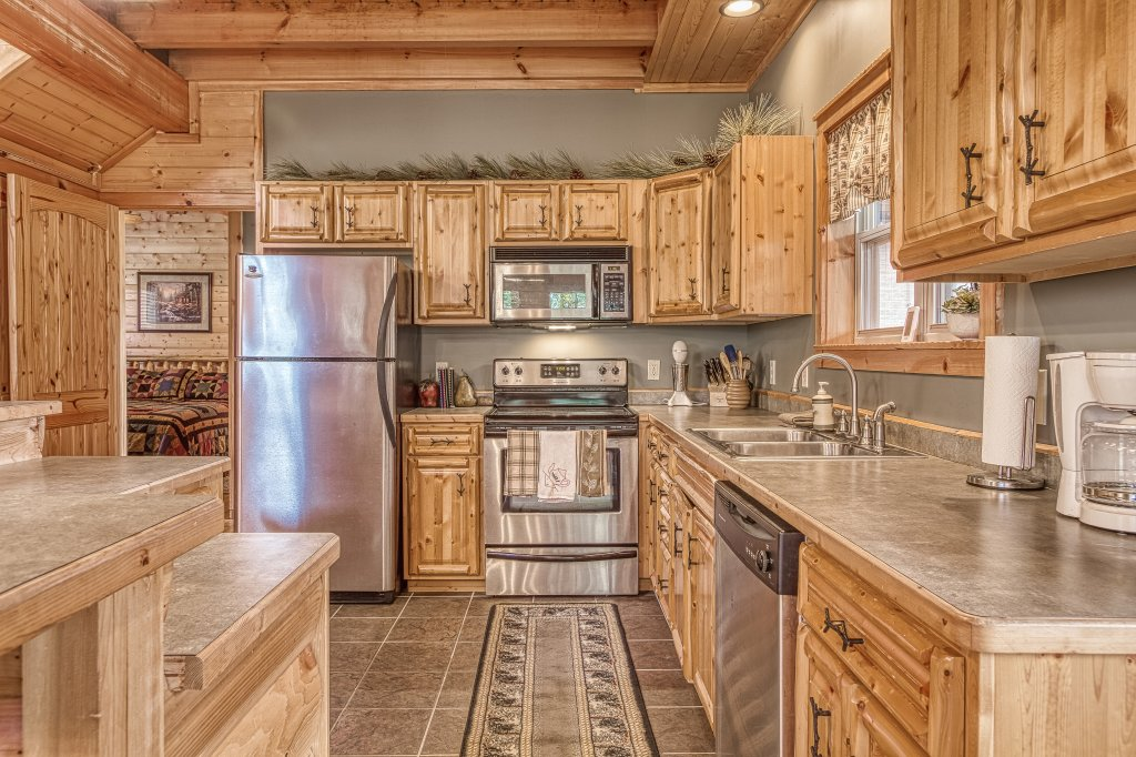 Photo of a Sevierville Cabin named Sugar Bear #268 - This is the fourteenth photo in the set.
