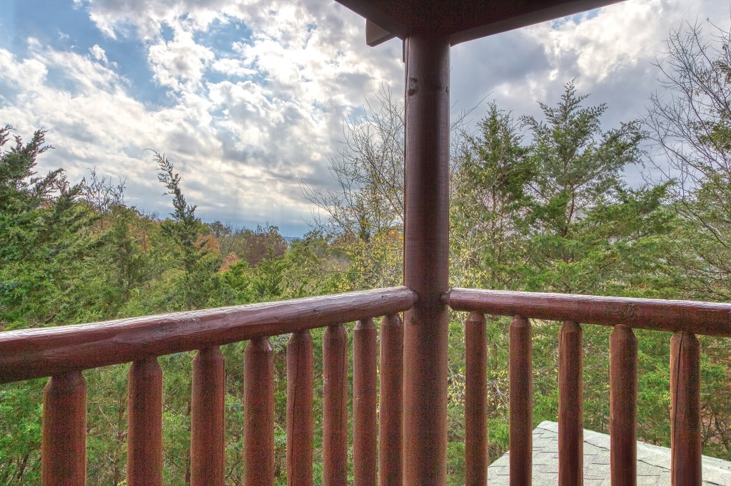 Photo of a Sevierville Cabin named Sugar Bear #268 - This is the twenty-eighth photo in the set.