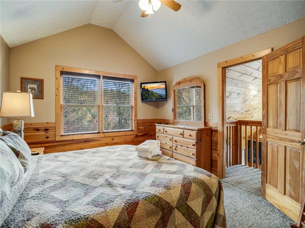 Photo of a Gatlinburg Cabin named Mountain Elegance - This is the twentieth photo in the set.