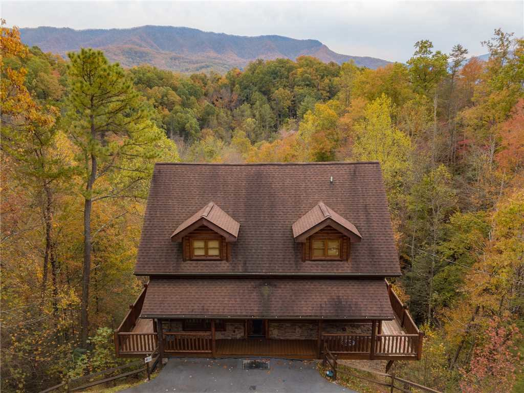 Photo of a Gatlinburg Cabin named Changes In Latitude - This is the thirty-sixth photo in the set.
