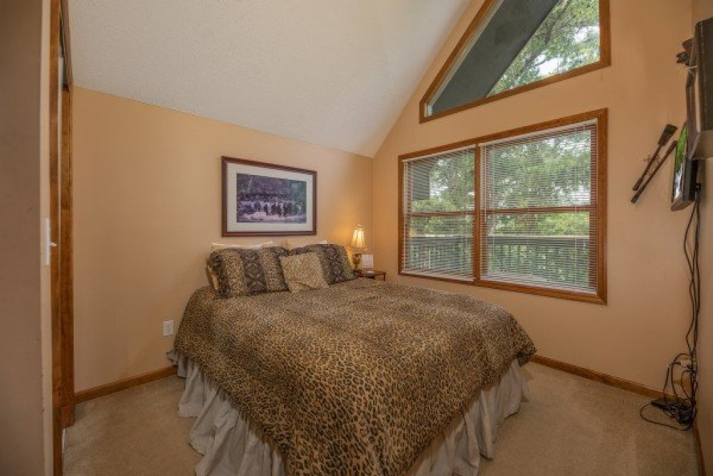 Photo of a Pigeon Forge Cabin named Amazing Memories - This is the twelfth photo in the set.