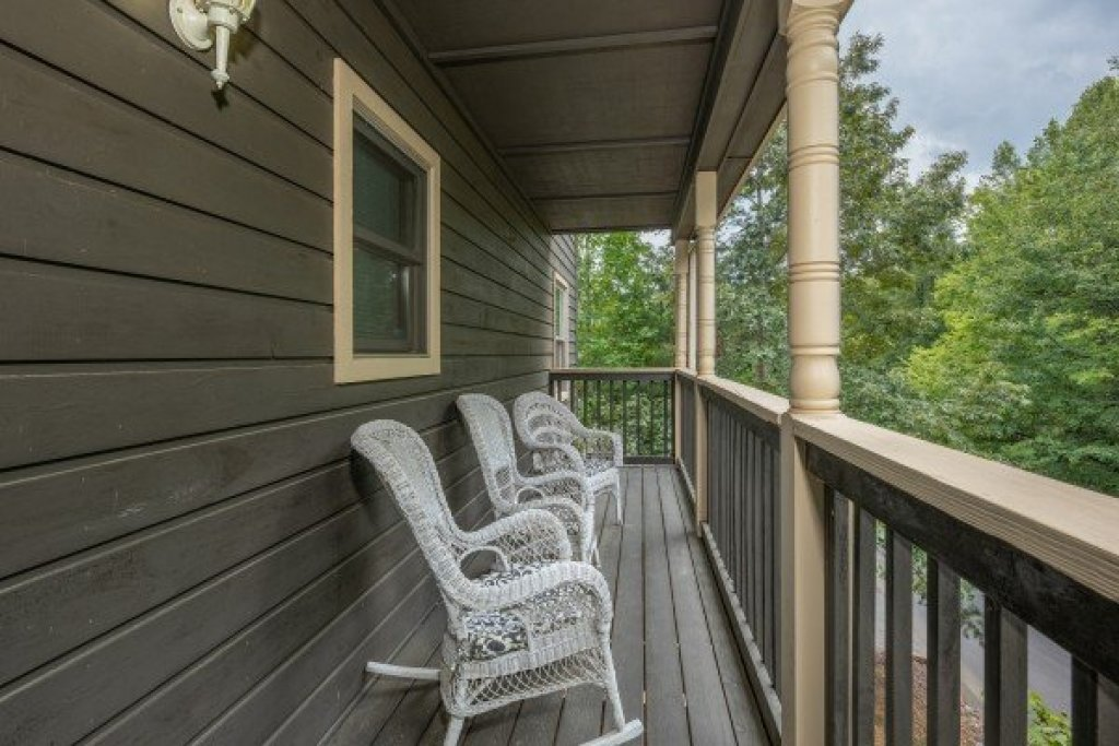 Photo of a Pigeon Forge Cabin named Amazing Memories - This is the twentieth photo in the set.