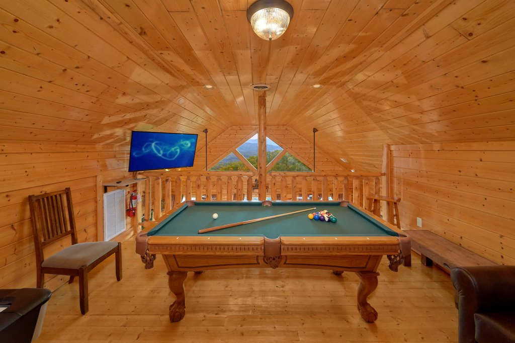 Photo of a Pigeon Forge Cabin named Incredible Views - This is the tenth photo in the set.