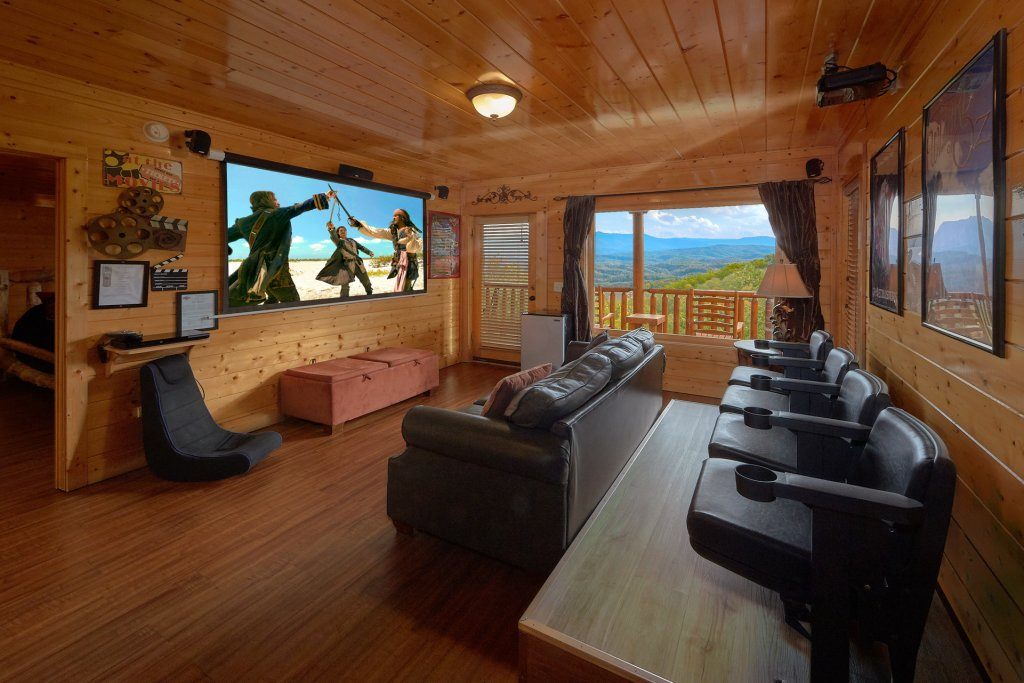 Photo of a Pigeon Forge Cabin named Incredible Views - This is the sixth photo in the set.