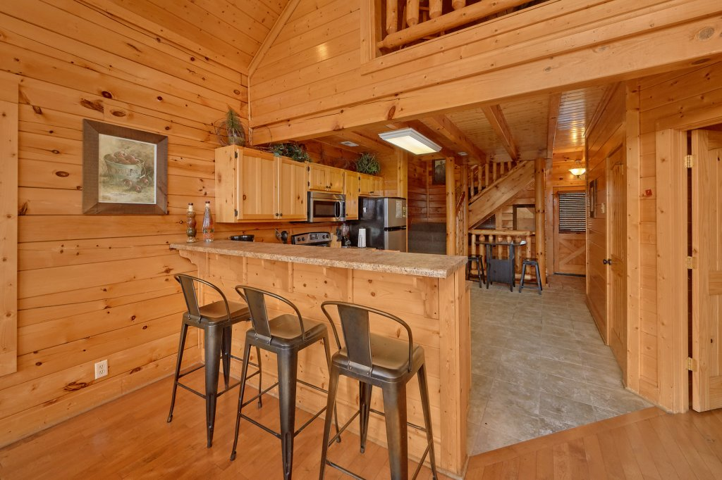 Photo of a Pigeon Forge Cabin named Incredible Views - This is the fourteenth photo in the set.