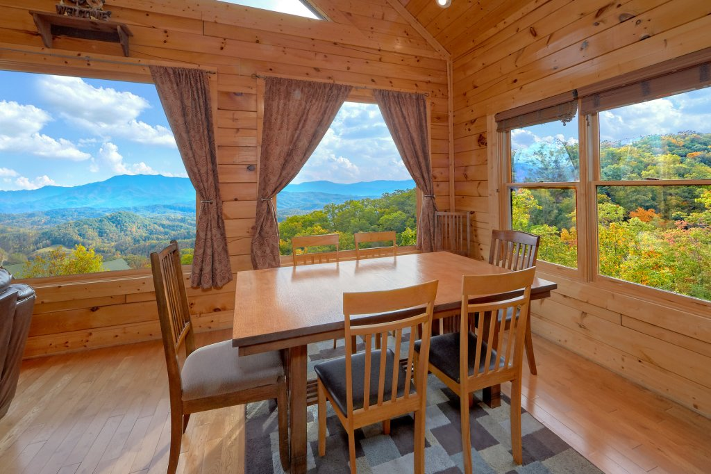 Photo of a Pigeon Forge Cabin named Incredible Views - This is the eleventh photo in the set.