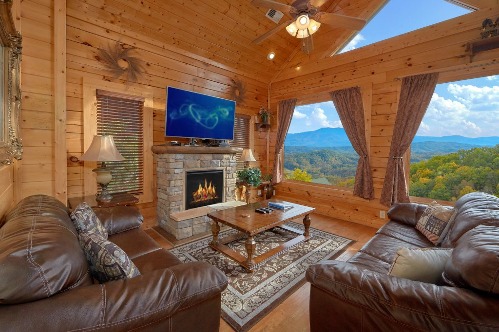Photo of a Pigeon Forge Cabin named Incredible Views - This is the thirteenth photo in the set.