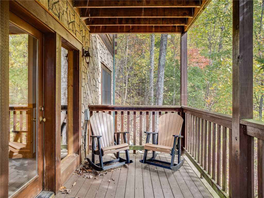 Photo of a Gatlinburg Cabin named Saddle Ridge - This is the twenty-second photo in the set.