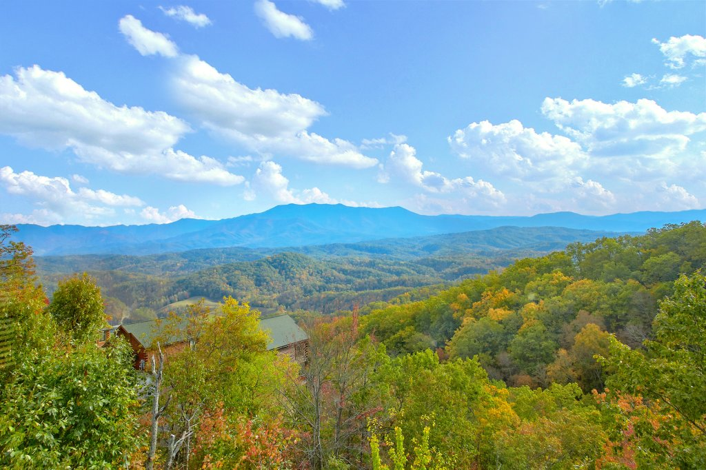 Photo of a Pigeon Forge Cabin named Incredible Views - This is the twenty-fourth photo in the set.