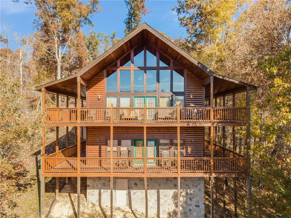 Photo of a Sevierville Cabin named Bear Hunter - This is the thirty-seventh photo in the set.